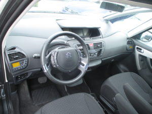 Citroën_C4_Grand_Picasso_interier
