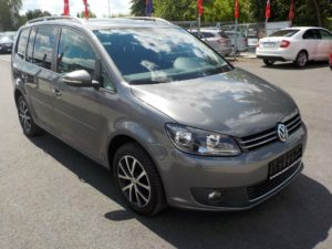 Volkswagen_Touran_DSG