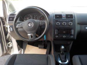 Volkswagen_Touran_DSG_interier
